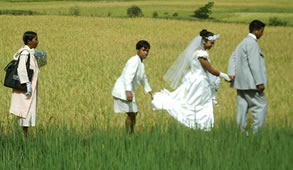 Les Relations humaines, Pensee Chretienne, Madagascar, Mariage a la campagne, Photo Ravo.Madagascar ©